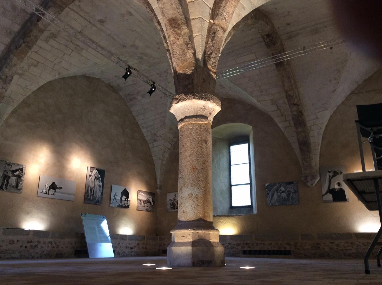 Pilier central du scriptorium - Abbaye de l'Epau